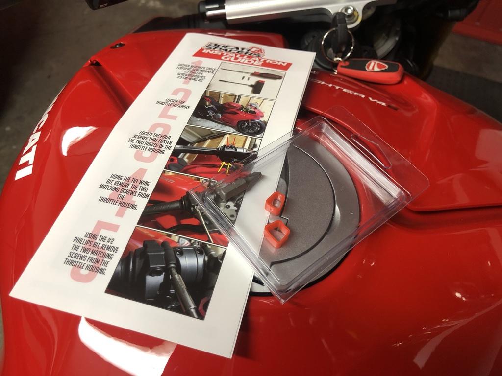Ducati spacers?psid=1 - Kiki - Streetfighter V4S di Dany65